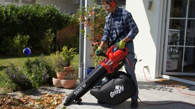 Leaf Vacuum Grizzly